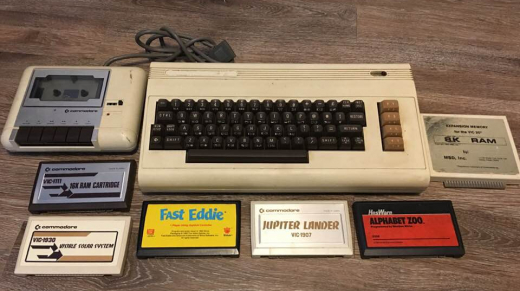 Vintage Commodore Vic-20 Computer System